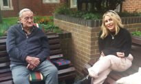 Hairdresser, 24, Befriends Veteran, 94, While Volunteering at a Hospital During Lockdown