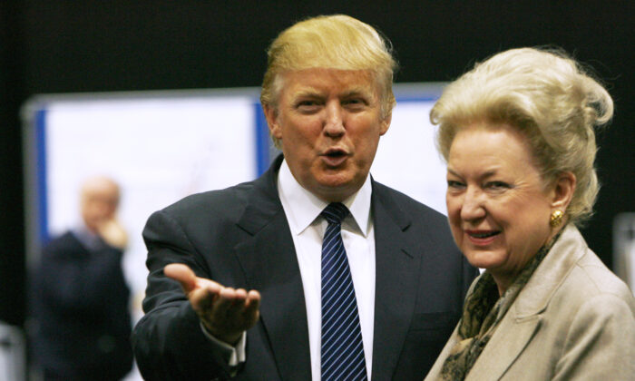 Donald Trump (L), gestures as he stands next to his sister, Maryanne Trump Barry, during a break in proceedings of the Aberdeenshire Council inquiry into his plans for a golf resort, Aberdeen, in northeast Scotland, on June 10, 2008. (David Moir/Reuters)