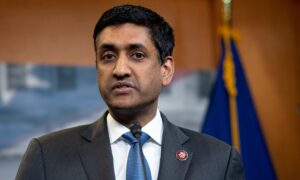 Rep. Khanna: Term Limits for Supreme Court, Not More Seats