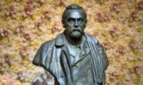 University of Alberta Researcher Shares Nobel Prize for Medicine