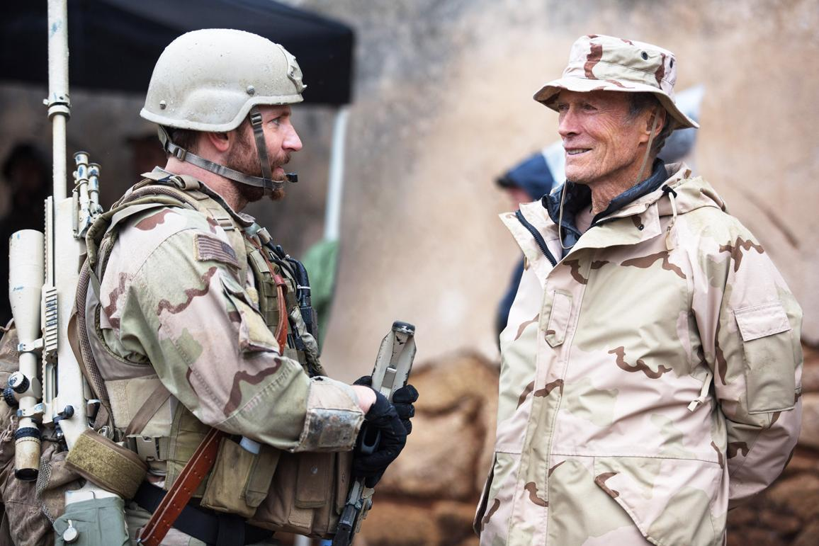 """man dressed as Navy SEAL and film director wearing Boonie hat in """"American Sniper"""""""