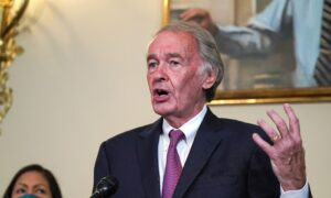 Sen. Markey Vows to 'Do Everything in My Power' From Stopping Trump's SCOTUS Pick