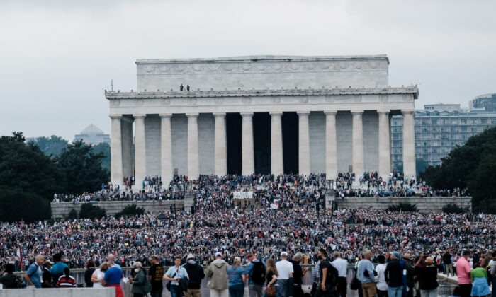 Marchers gather at the National Mall for the Washington Prayer March 2020 led by Evangelist Franklin Graham, in Washington on Sept. 26, 2020. (Michael A. McCoy/Getty Images)