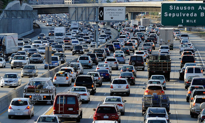 Traffic comes to a standstill on the northbound and the southbound lanes of the Interstate 405 freeway near Los Angeles International Airport in Los Angeles, Calif., on Nov. 23, 2011. (Kevork Djansezian/Getty Images)