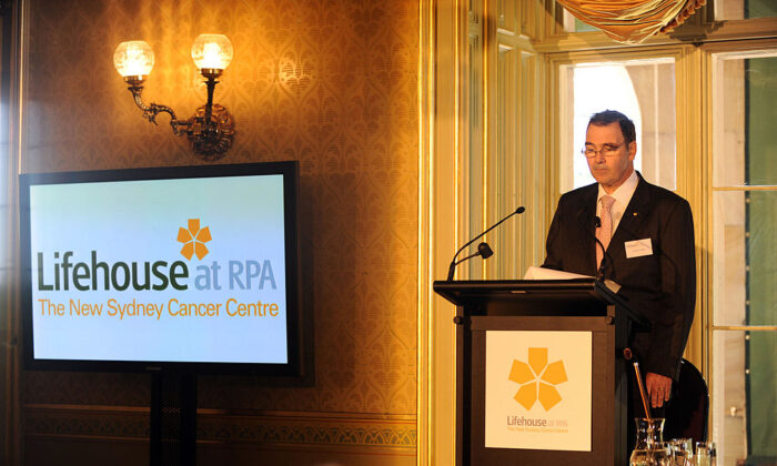 Professor Chris O'Brien speaks during the official launch of the RPA cancer research centre �Lifehouse� at Government House on April 17, 2009 in Sydney, Australia. (Dean Lewins-Pool/Getty Images)