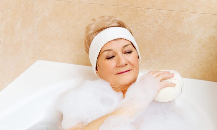 Regular heat exposure through hot baths could provide a pleasant way to reduce diabetes risks, suggests a new study. ( B-D-S Piotr Marcinski/Shutterstock)
