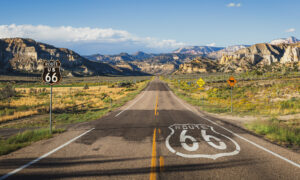 A Stretch of Route 66 in Arizona Takes You Back in Time