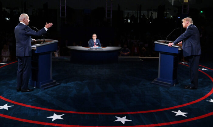 U.S. President Donald Trump (R) and Democratic presidential nominee Joe Biden participate in the first presidential debate at the Health Education Campus of Case Western Reserve University in Cleveland, Ohio on Sept. 29, 2020. (Olivier Douliery-Pool/Getty Images)
