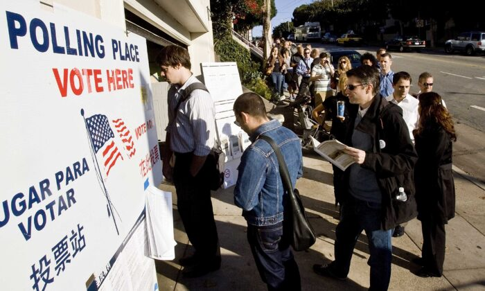 People wait in line to vote on Castro Street in San Francisco, Calif., on Nov. 4, 2008. (David Paul Morris/Getty Images)