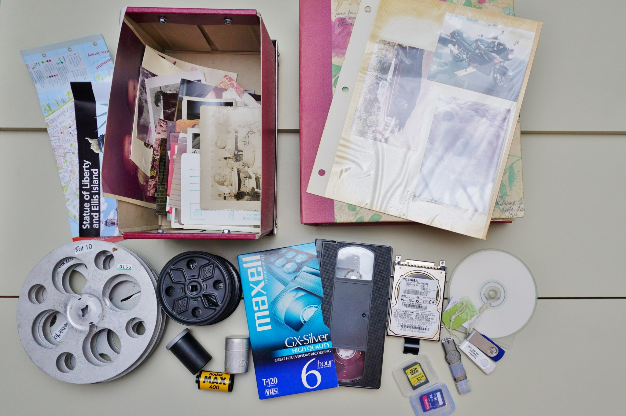 357-photo-organizing-project-before-tcbqg