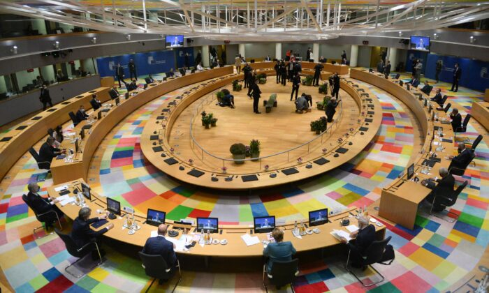 A general view of the round table meeting at an EU summit at the European Council building in Brussels, on Oct. 1, 2020. (Johanna Geron/Pool via AP)