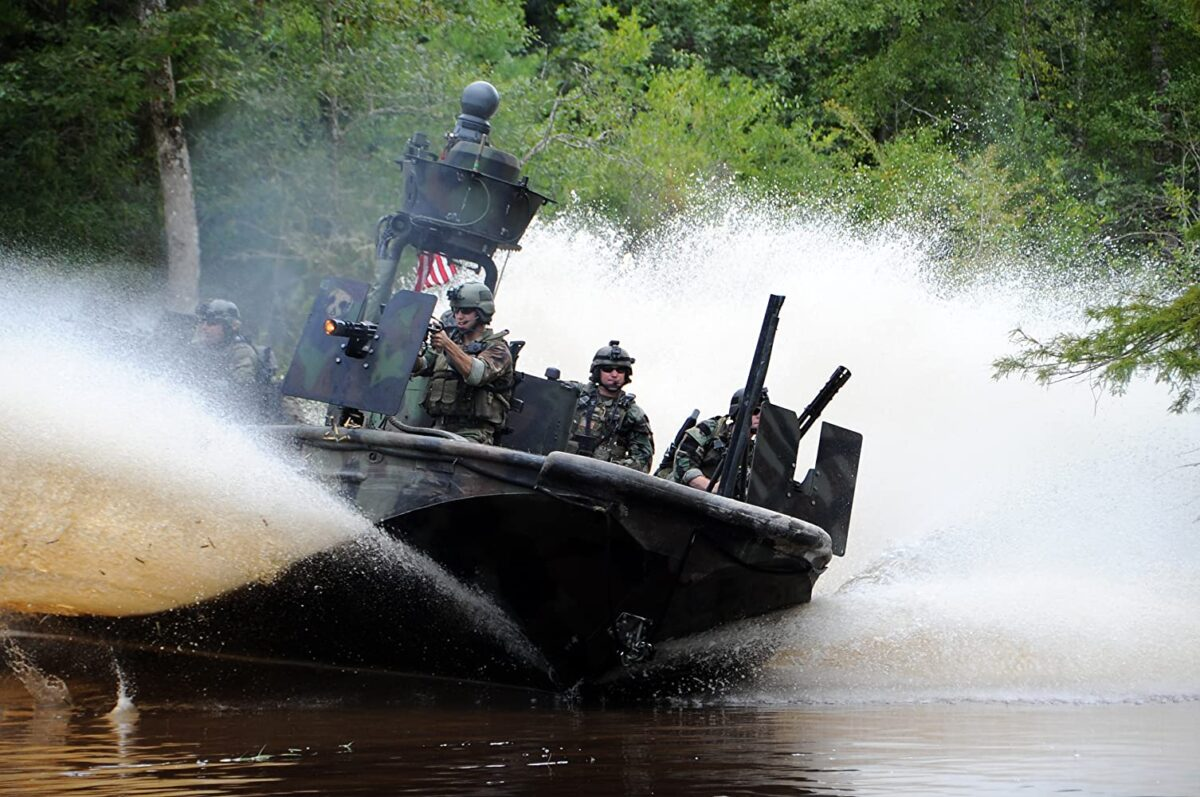 """gunboat crew come to the rescue with guns blazing in """"Act of Valor"""""""