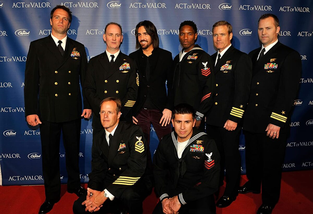 """Navy SEALS pose for photo op for """"Act of Valor"""""""