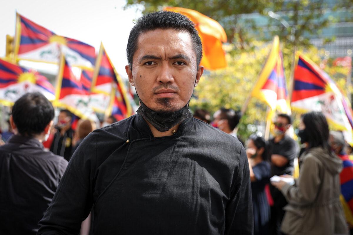 Rinchen_Protest_new york