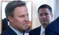 Bill Stepien, Trump Campaign Manager, Returns to Office After COVID-19 Diagnosis