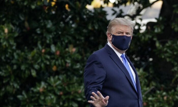 President Donald Trump leaves the White House for Walter Reed National Military Medical Center on the South Lawn of the White House on Oct. 2, 2020. (Drew Angerer/Getty Images)