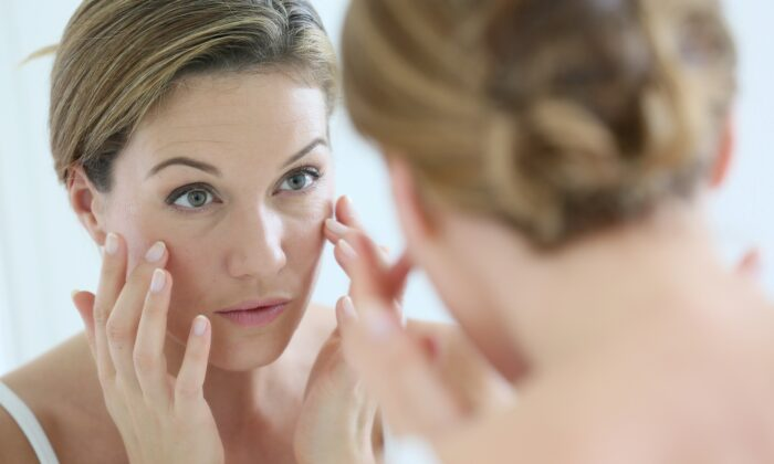 Skin begins to wrinkle as it loses elasticity due to lower levels of collagen being produced in the body. (goodluz/Shutterstock)