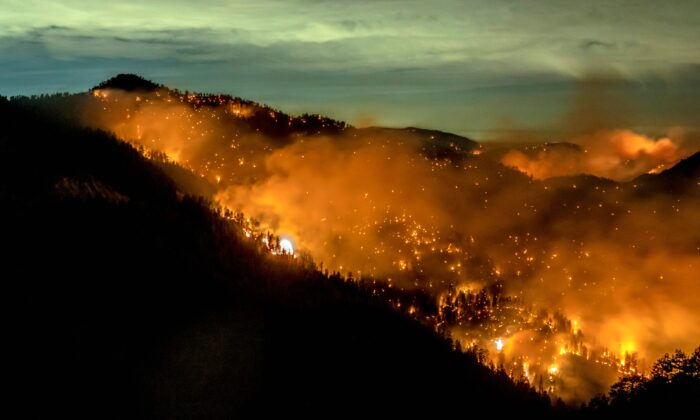 The Bobcat Fire continues to burn through the Angeles National Forest in Los Angeles County, north of Azusa, Calif., Sept. 17, 2020.  (Photo by Kyle Grillot / AFP) (Photo by KYLE GRILLOT/AFP via Getty Images)