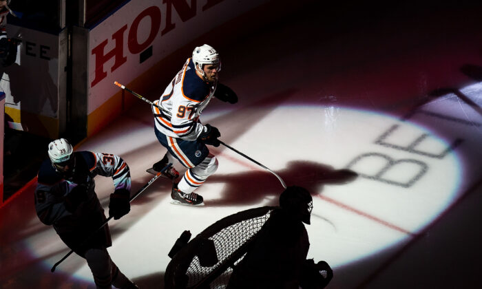 Edmonton Oilers' Connor McDavid (97) steps on to the ice prior to taking on the Chicago Blackhawks in NHL Stanley Cup qualifying round action in Edmonton, Wednesday, Aug. 5, 2020. (The Canadian Press/Codie McLachlan)