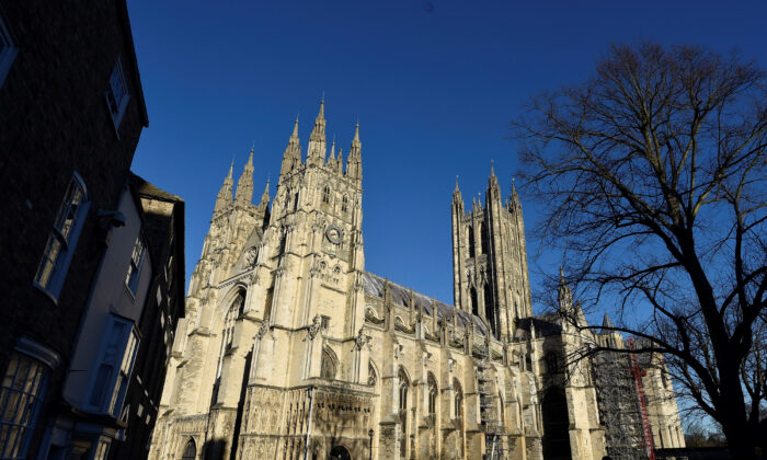 Canterbury Cathedral is seen in Canterbury, southern Britain, on Jan. 15, 2016. (Toby Melville /Reuters)
