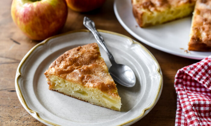 This buttery, apple-studded cake is the epitome of simple, cozy fall baking. (Audrey Le Goff)