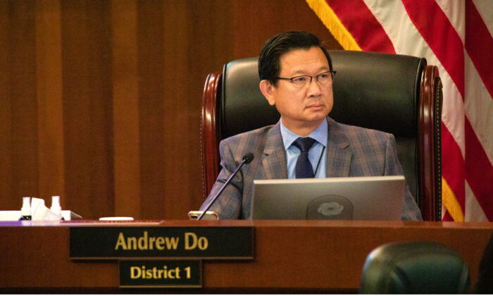 Supervisor Andrew Do attends a meeting of the Orange County Board of Supervisors in Santa Ana, Calif., on Aug. 25, 2020. (John Fredricks/The Epoch Times)