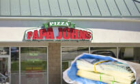 89-Year-Old Papa John's Pizza Deliveryman Gets $12,000 Tip From Caring Community