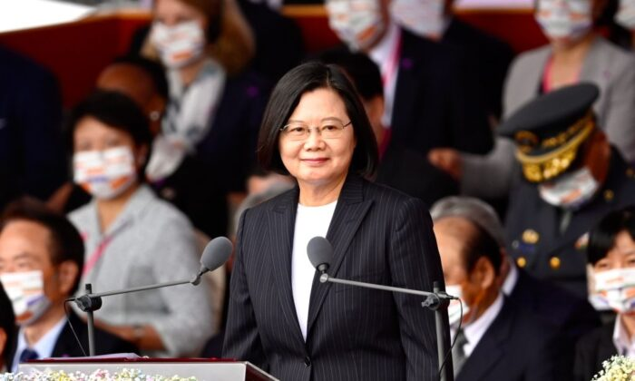 Taiwan President Tsai Ing-wen (C) speaks during the National Day in front of the Presidential Office in Taipei on Oct. 10, 2020. (Sam Yeh/AFP via Getty Images)