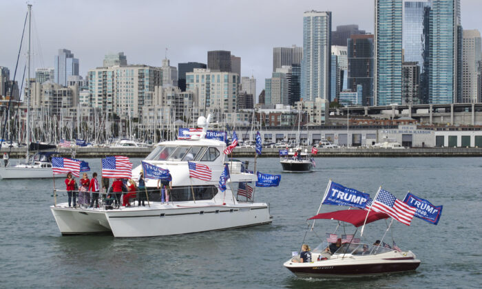 Hundreds of President Donald Trump supporters parade in boats around San Francisco Bay on Oct. 10, 2020. (Ilene Eng/The Epoch Times)