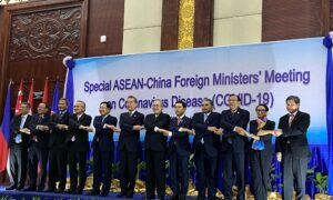 Why the New Asia-Pacific Economic Pact Cannot Save the Chinese Economy