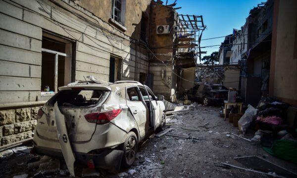 a damaged car in the war
