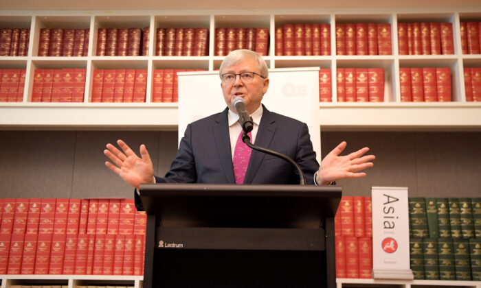 Former Prime Minister Kevin Rudd speaks at Parliament House on November 26, 2019 in Canberra, Australia. (Tracey Nearmy/Getty Images)