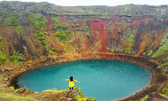 This Otherworldly Volcanic Crater Lake Is a Geological Jewel in Iceland's Magnificent Landscape
