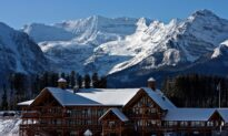 Canadian Ski Resorts Face Winter Without International Cash Cows