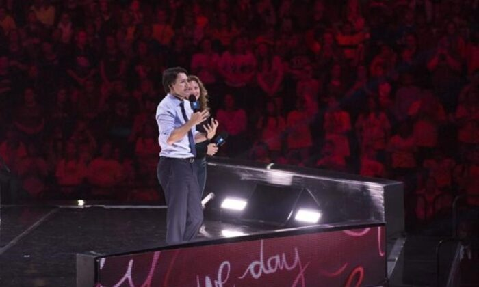 Prime Minister Justin Trudeau and his wife Sophie Grégoire Trudeau appear at the WE Day celebrations in Ottawa, on Nov. 10, 2015. (The Canadian Press/Adrian Wyld)