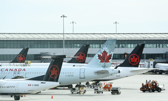 Regional Airlines Reject Prospect of Government Stake in Carriers