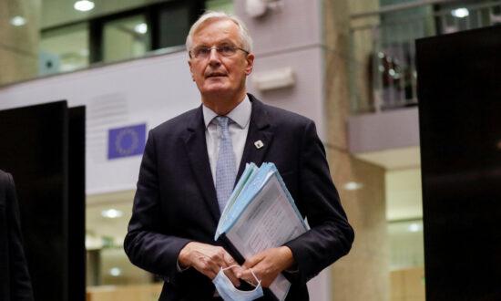 EU Brexit Negotiator Moves to Rekindle Talks