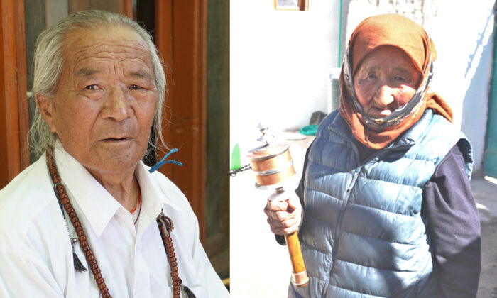 Tibetan refugees, Lobsang Tempa, 91 (L) and Kalsang Lhamo, 85 (R) in the refugee colony of Agling in Leh in India on Oct. 18, 2020. (Venus Upadhayaya/Epoch Times)