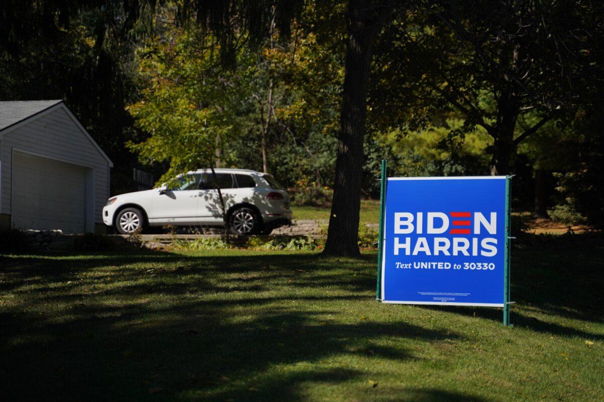 Man Allegedly Steals Bulldozer to Tear Down Biden Signs in Florida