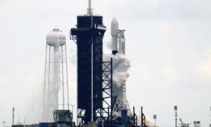 Elon Musk's SpaceX Granted a Licence to Provide Satellite Internet to Rural Canada