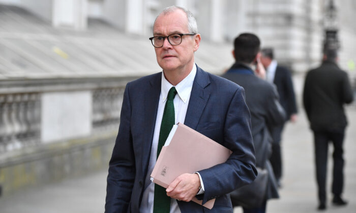 Chief Scientific Adviser Sir Patrick Vallance leaves the Cabinet Office after a COBRA meeting ahead of the first daily public updates in London,  on March 16, 2020. (Leon Neal/Getty Images)