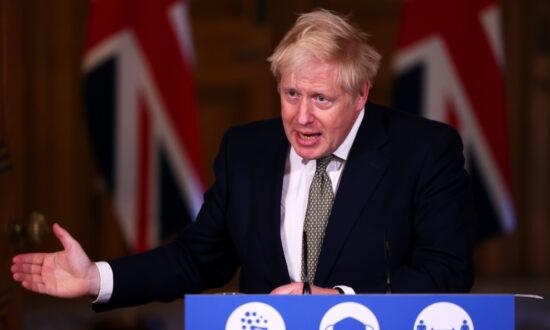 England to End CCP Virus Lockdown on Dec. 2
