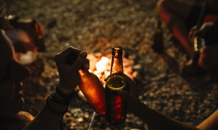 Autumn marks campfire season, and the release of a number of really great beers to sip in the great outdoors. (Jose Luis Carrascosa/Shutterstock)
