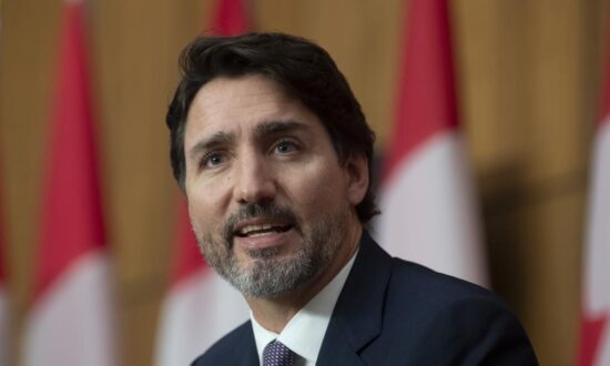 Trudeau Suggests No Fiscal Anchor in Budget Until Crisis Over