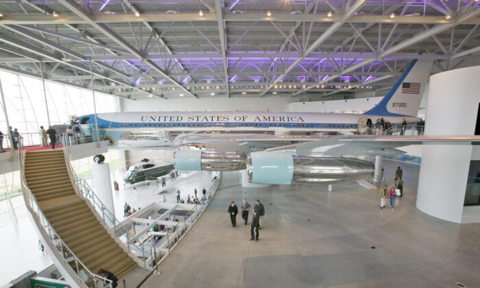 Inside the Air Force One Pavilion at the Ronald Reagan Presidential Library and Museum in Simi Valley, Calif. (Joseph Sohm/Shutterstock)