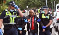 Two Arrested After a Thousand Protest Lockdowns in Melbourne