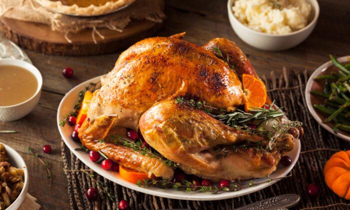 The iconic centerpiece of Thanksgiving dinner. (Brent Hofacker/Shutterstock)