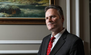 Alaska Gov. Dunleavy Praises Trump's Bid to Reduce Reliance on China for Critical Minerals