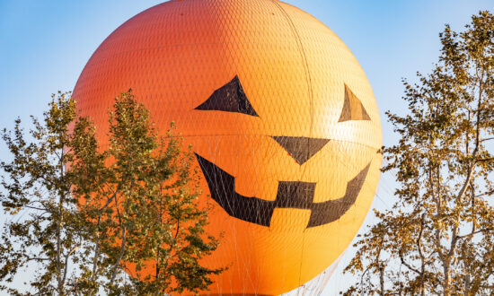 Halloween-Themed Events Take Place in Orange County Amid COVID-19 Pandemic
