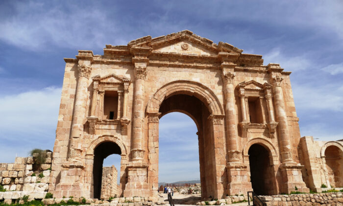 The Arch of Hadrian welcomes visitors to ancient Gerash in Jordan and celebrates the Italian emperor's visit there in the winter of 129-130. (Curtesy of Phil Allen)
